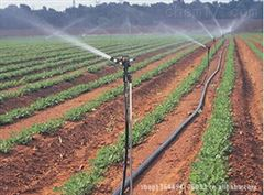 农田喷灌节水灌溉