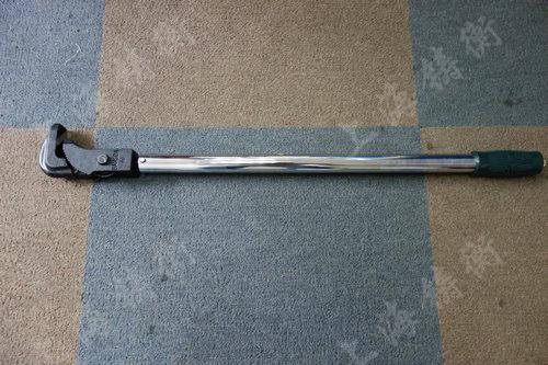 管钳式预置扭力矩扳手